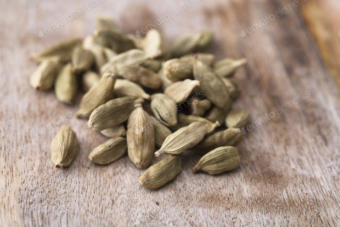 Dried Cardamon Seeds