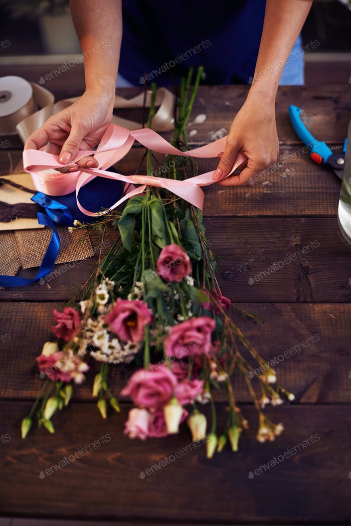 Banding flowers