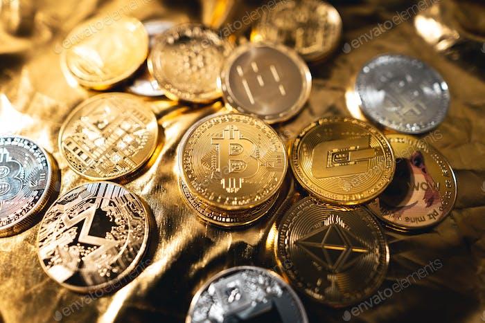 Imagen de bitcoin dorada de criptomonedas para criptomoneda