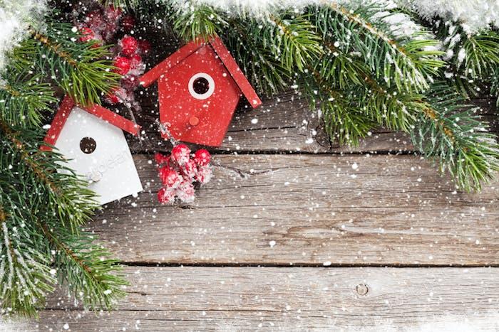 Christmas birdhouse decor and fir tree