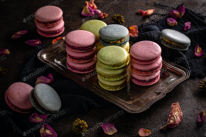 Macaron cookies of different colors