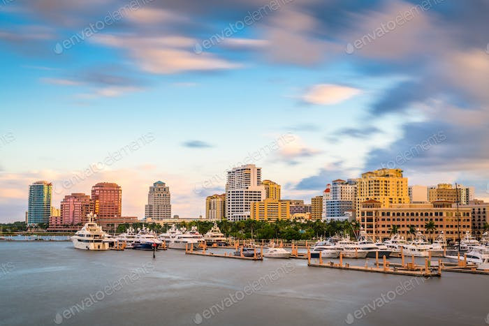 West Palm Beach, Florida, USA downtown skyline on the Intracoastal Waterway