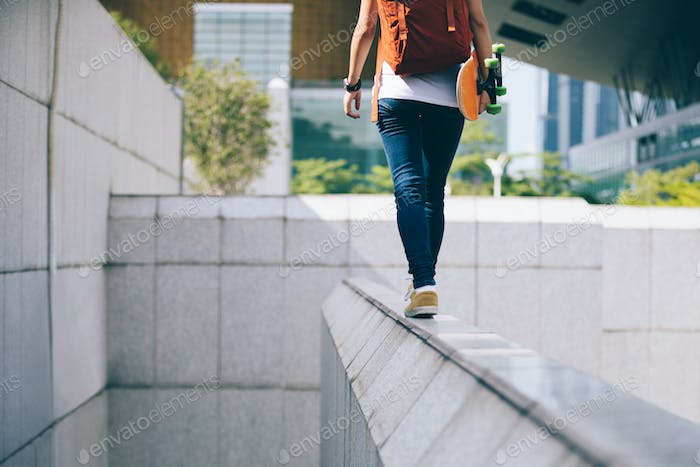 Walking on the city building edge
