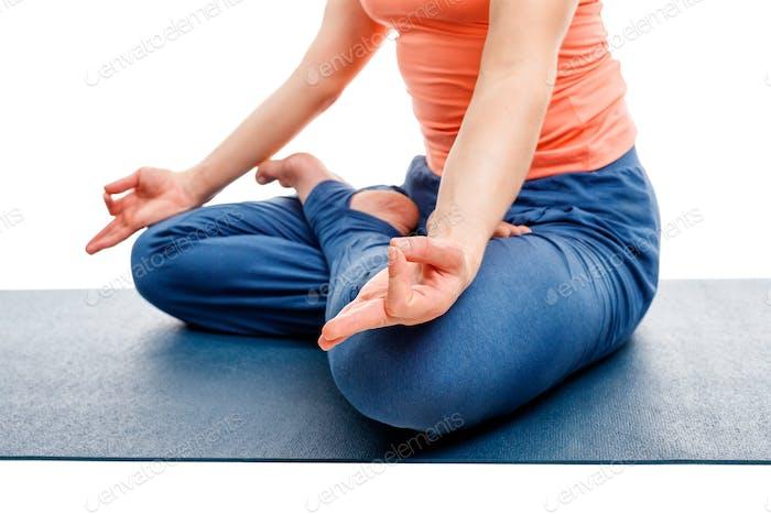 Nahaufnahme von Yoga Asana Padmasana Lotus Pose