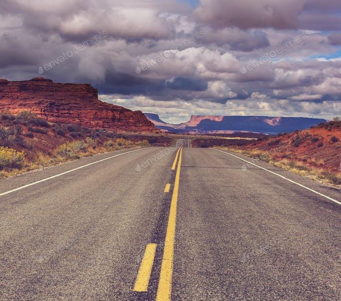 Straße in der Prärie