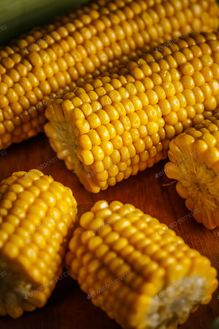 Cobs of sweet corn