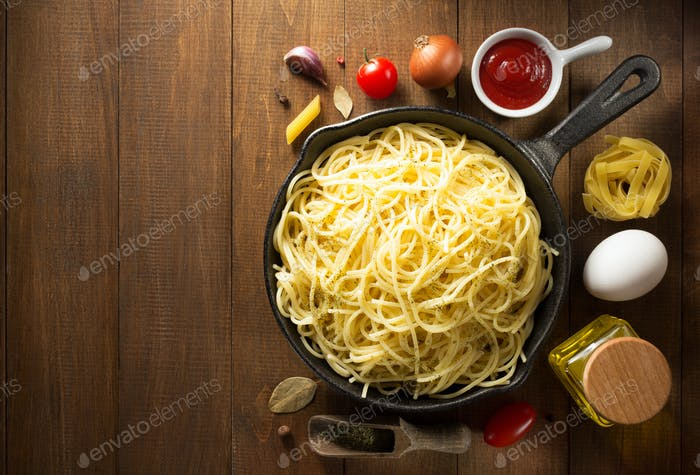 ready pasta  on wood
