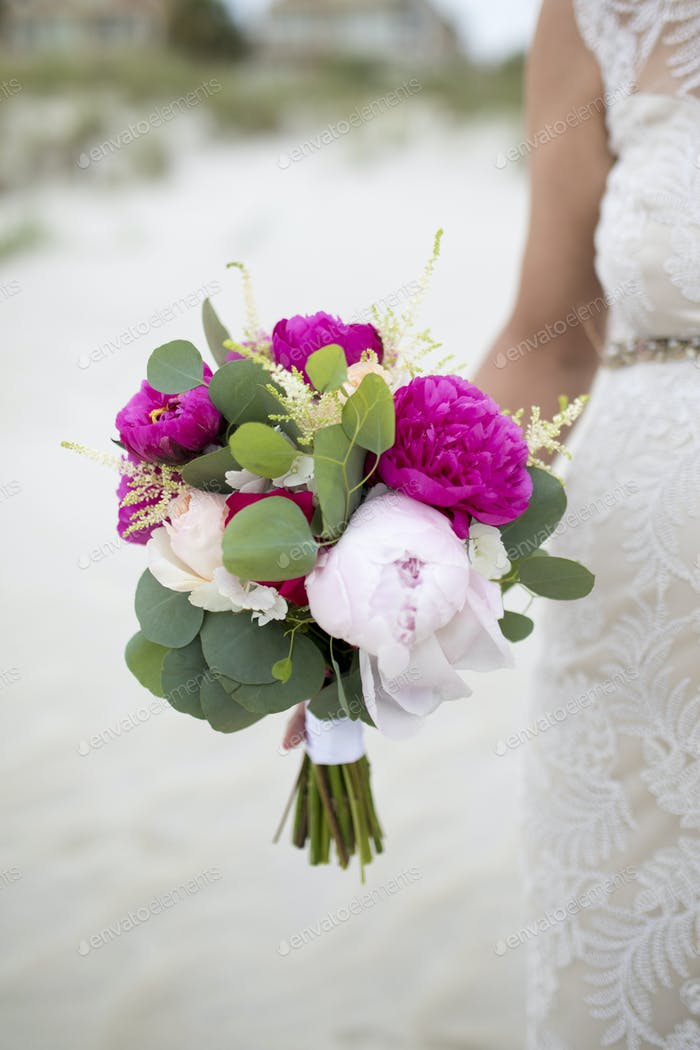 bride and peonies bouquet.
