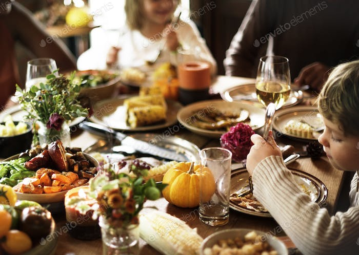 Children Eating Turkey Thanksgiving Celebration Concept