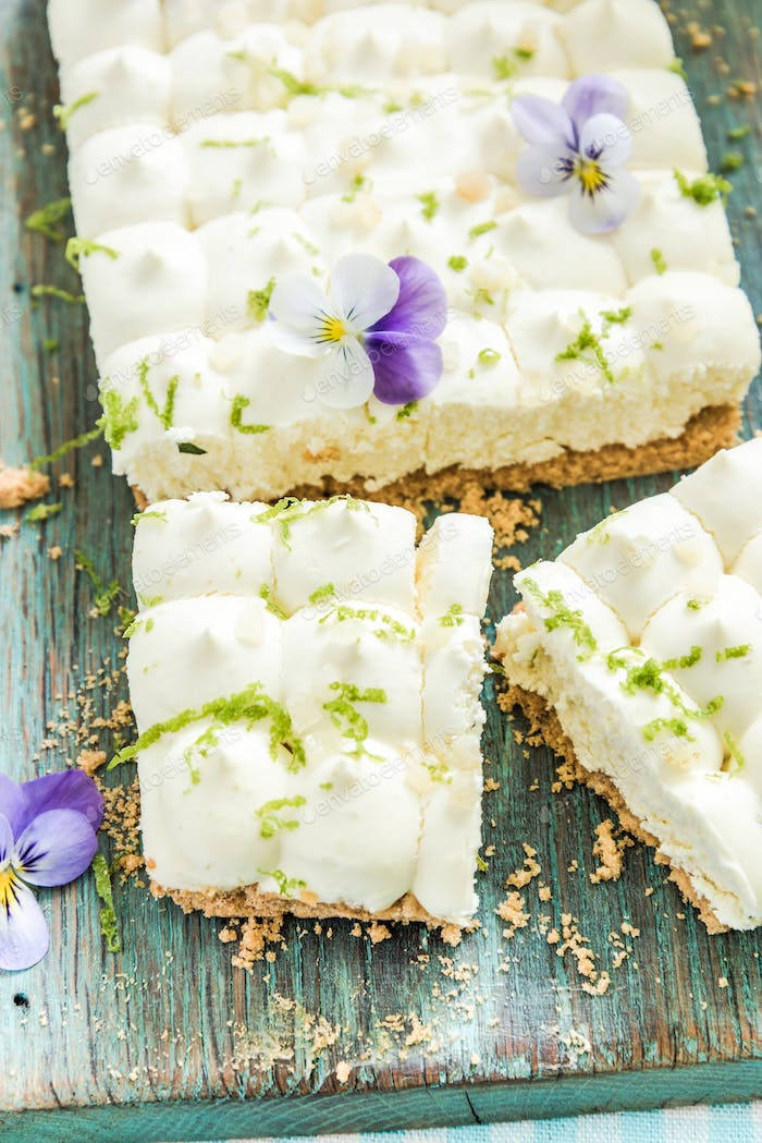 taste of summer, key lime pie with flowers
