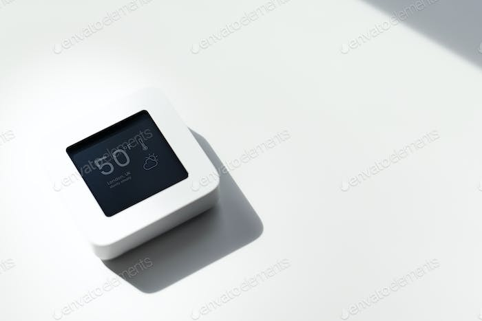 Weather forecast on home automation monitor