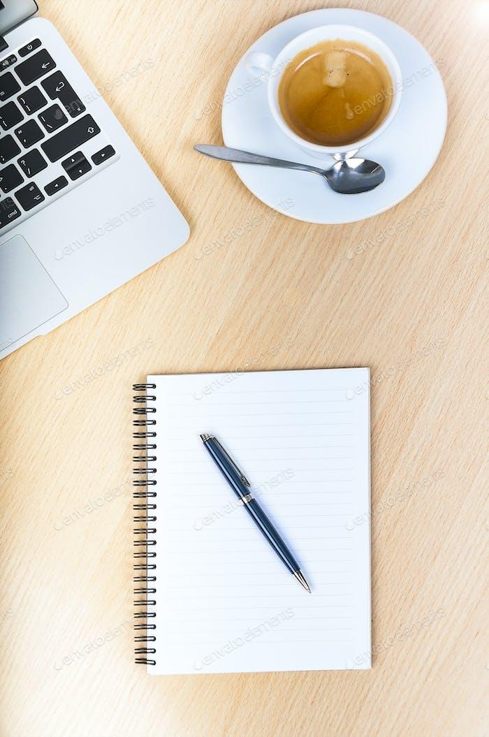 Schreibtisch Schreibtisch mit Laptop