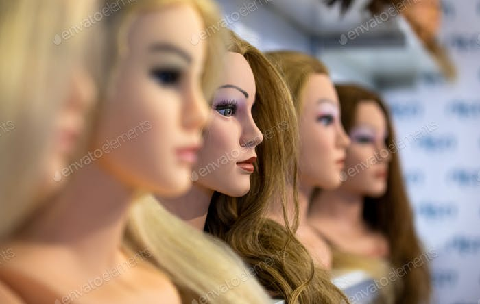 Mannequin head for training hair styling on it, hair-styling accessories