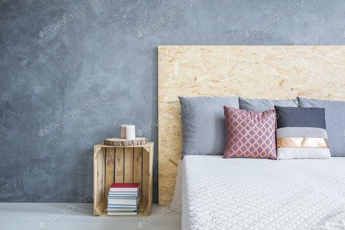 Bedroom with eco diy bed