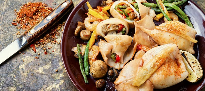 Squid stuffed with vegetables