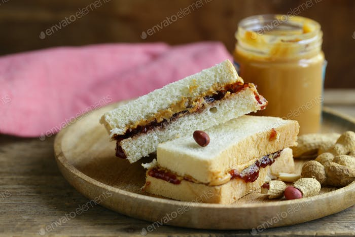 Sandwiches Jam and Peanut Butter