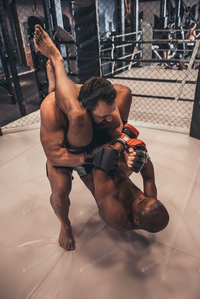 Wrestler im Ring
