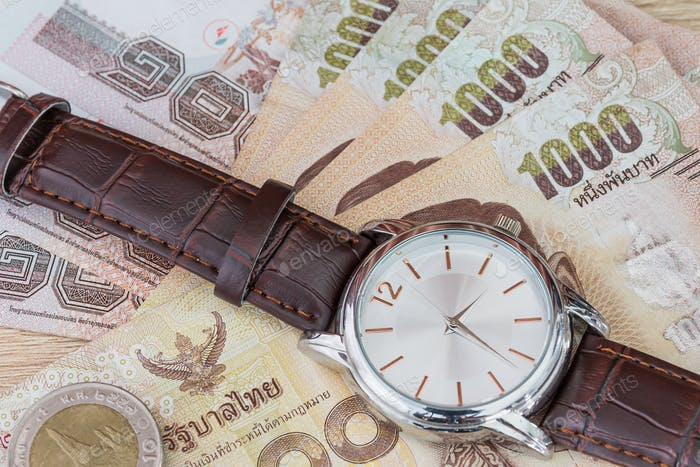 Watch and banknote-2