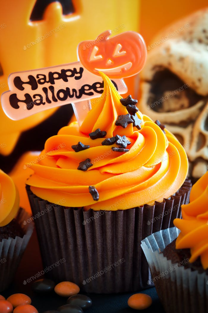 Thumbnail for Happy Halloween cupcake