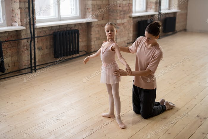 Learning the ballet position