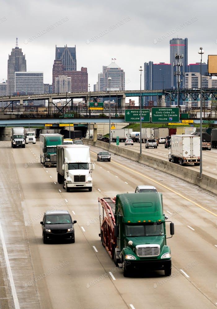 Interstate Highway Traffic Flows Arouund Detroit Michigan Metro