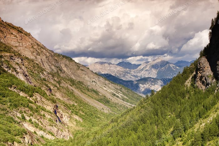 Hermoso Horizontal de montañas