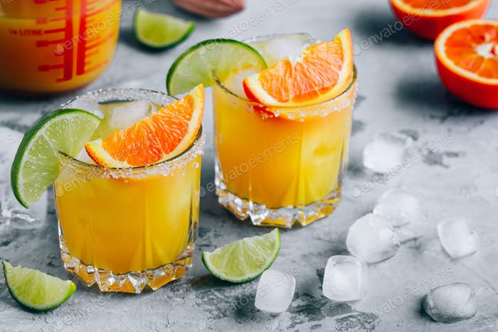Orange Lime Margarita. Refreshing summer drink with ice