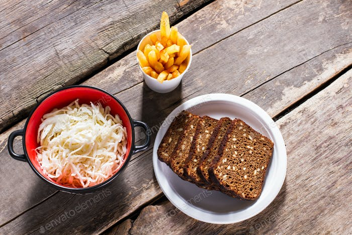 Sauerkraut with bread and fries.