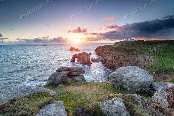 Sonnenuntergang am Land's End in Cornwall