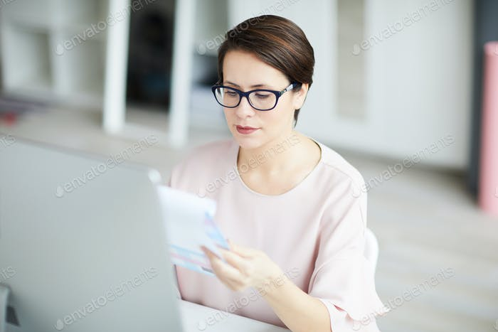 Serious accountant