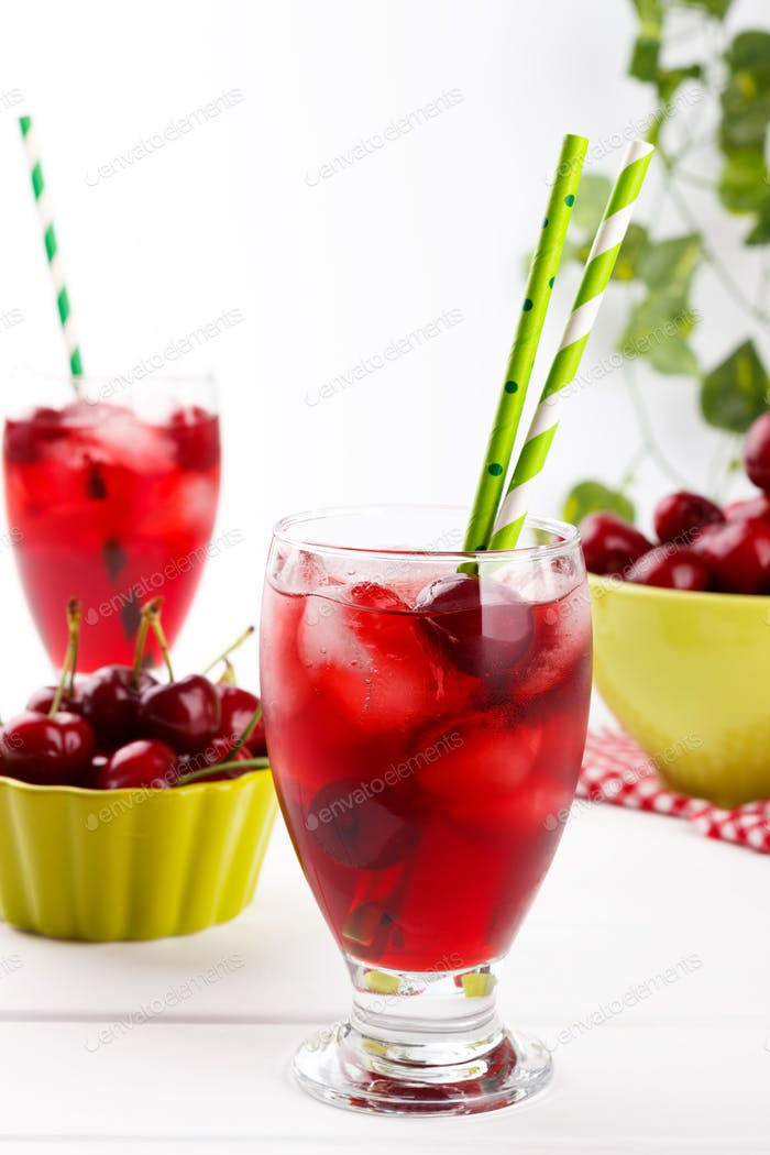 Fresh cherry juice