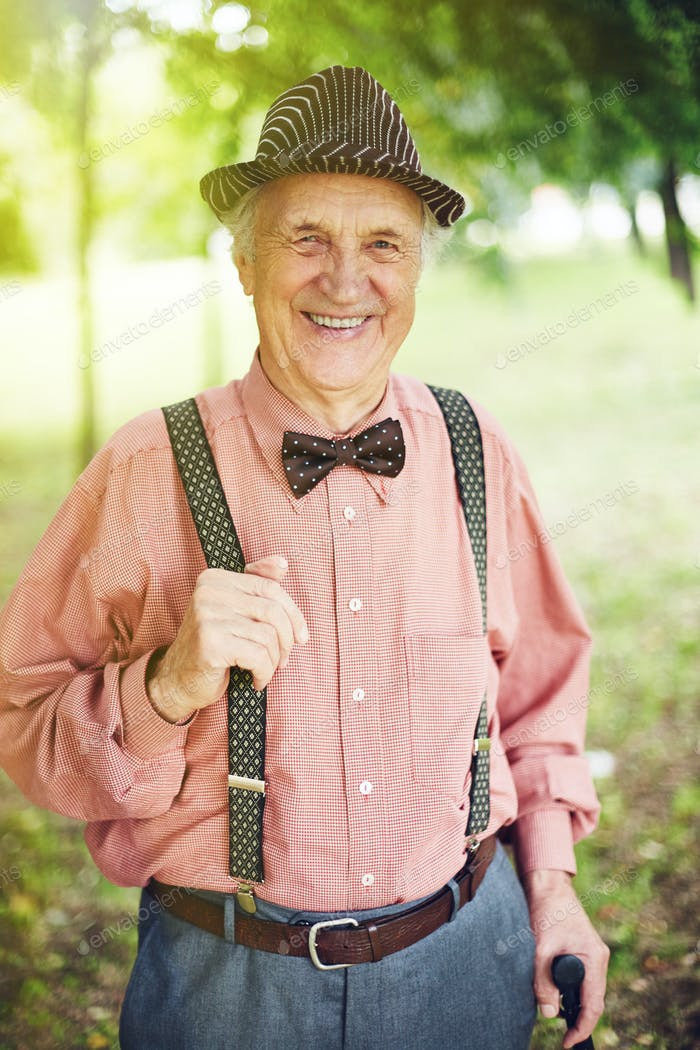 Well-dressed senior man