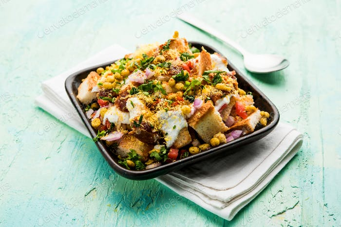 Indian starter bread chaat or chat