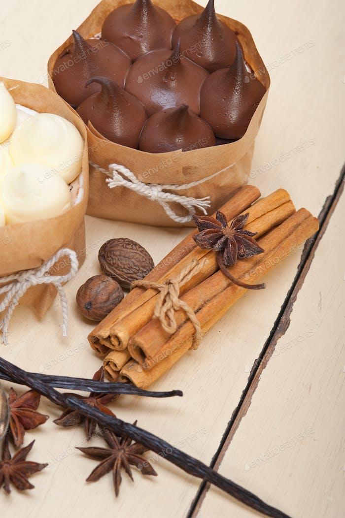 chocolate vanilla and spices cream cake dessert