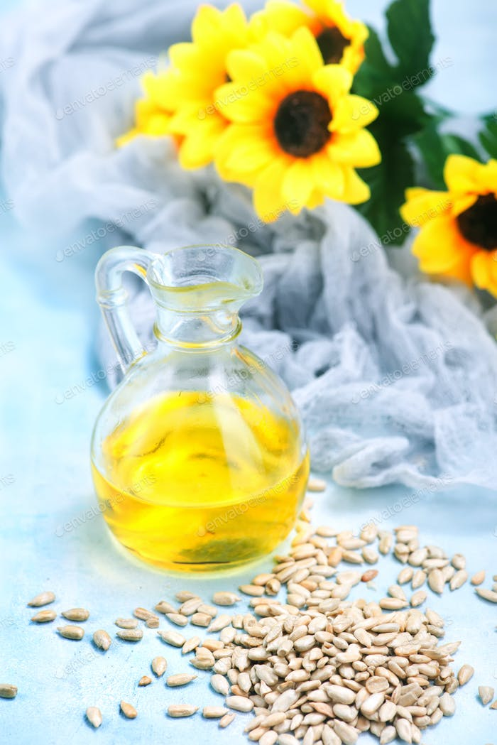 Sonnenblumenkerne und Öl