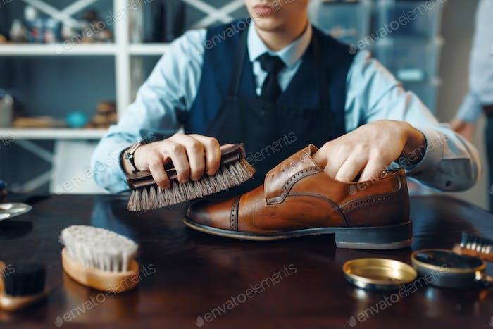 Schuhmacher Wischtücher schwarz Schuhcreme Schuhreparatur