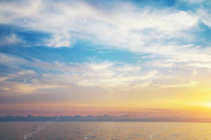 Небесный фон.