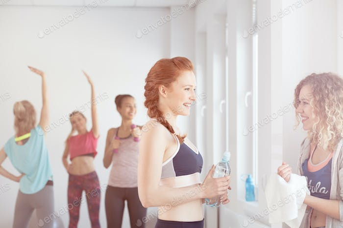 Conversation on a gym