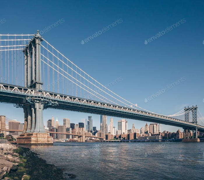 Famous Manhattan Bridge