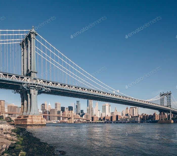 Famoso Puente de Manhattan