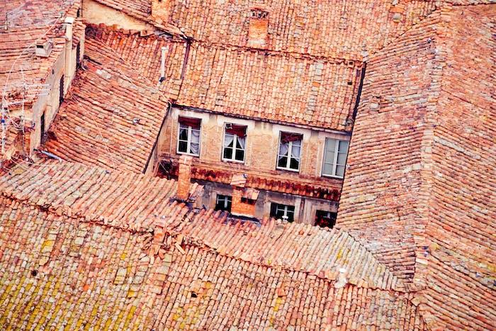 Siena roof-tops inner backyard architecture