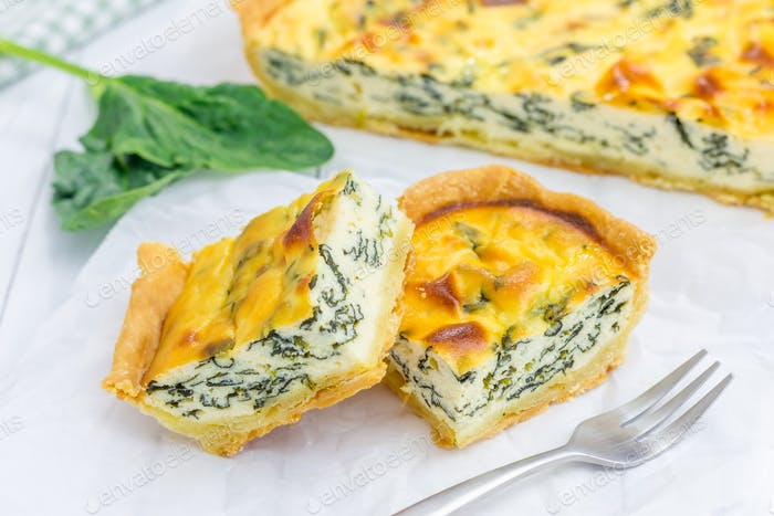 Pie with ricotta and spinach, closeup
