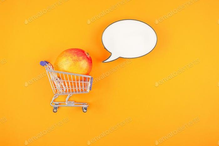 Mangofrucht im kreativen Pop-Art-Stil-Konzept