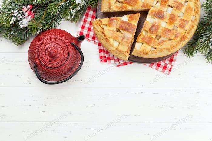 Weihnachts-Grußkarte mit Apfelkuchen