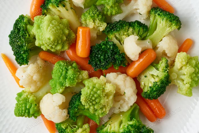 Mix of boiled vegetables. Broccoli, carrots, cauliflower. Steamed vegetables for low-calorie diet