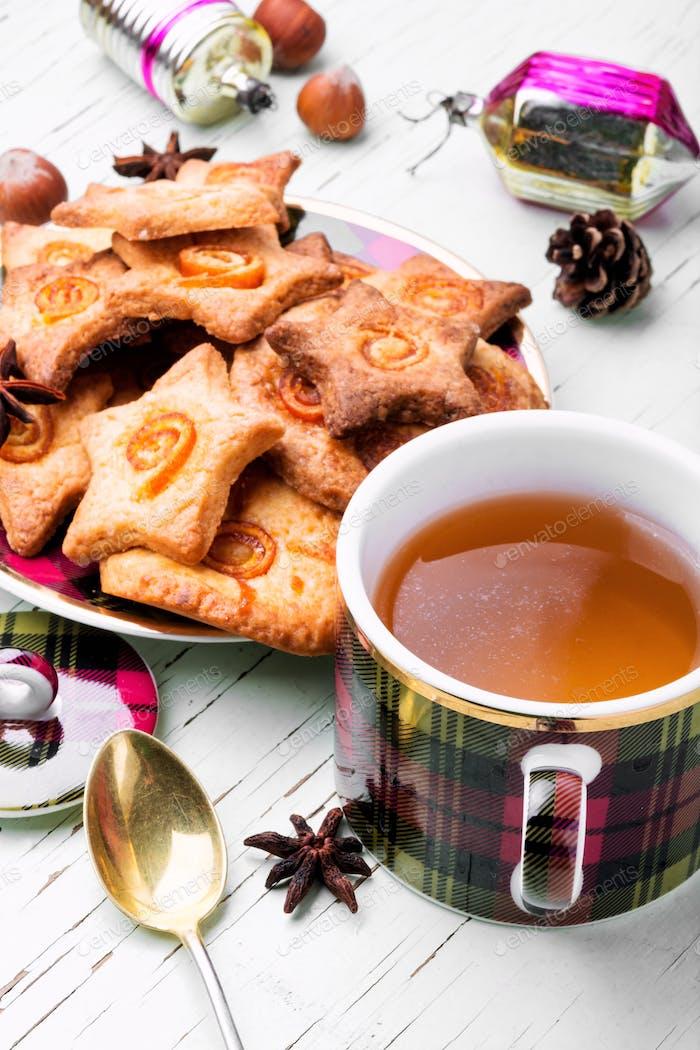 Christmas tea with cookie