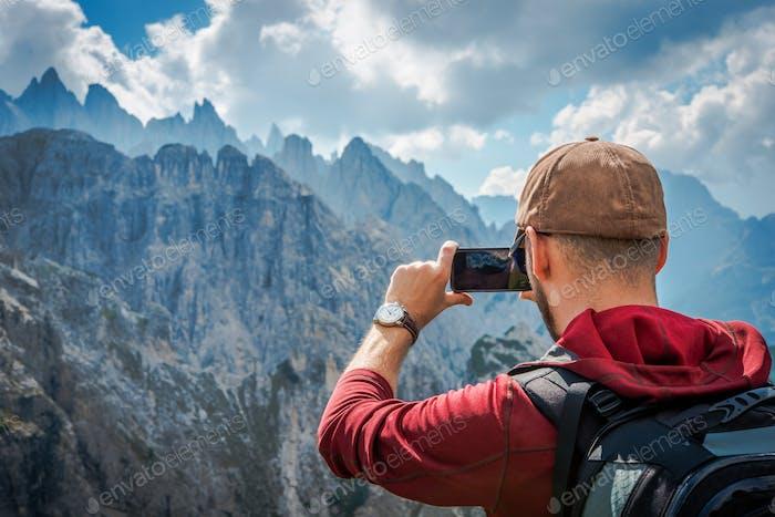 Randonnée Touriste Prendre des Photos