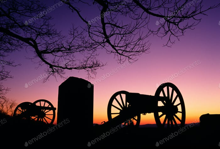 War Memorial Wheeled Cannon Military Civil War Weapon Dusk Sunset