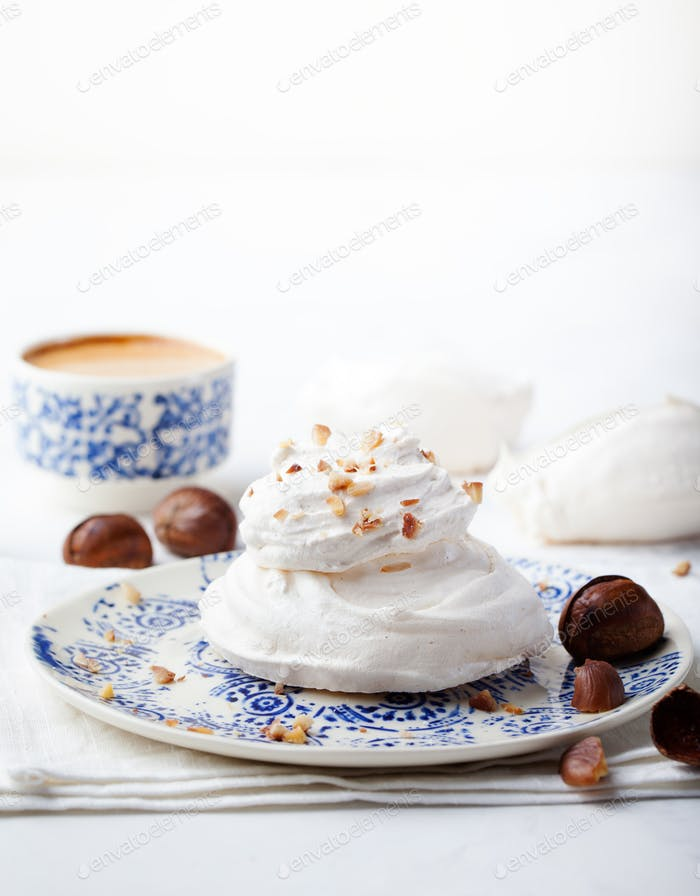 Meringue pavlova cake with chestnut cream