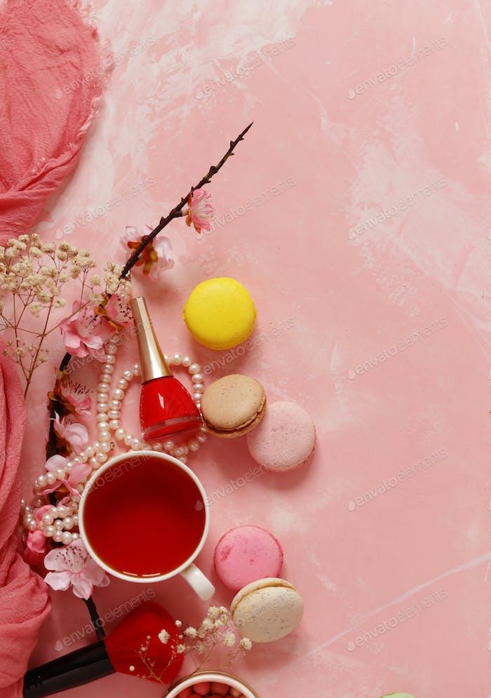 Tea and Macaroon